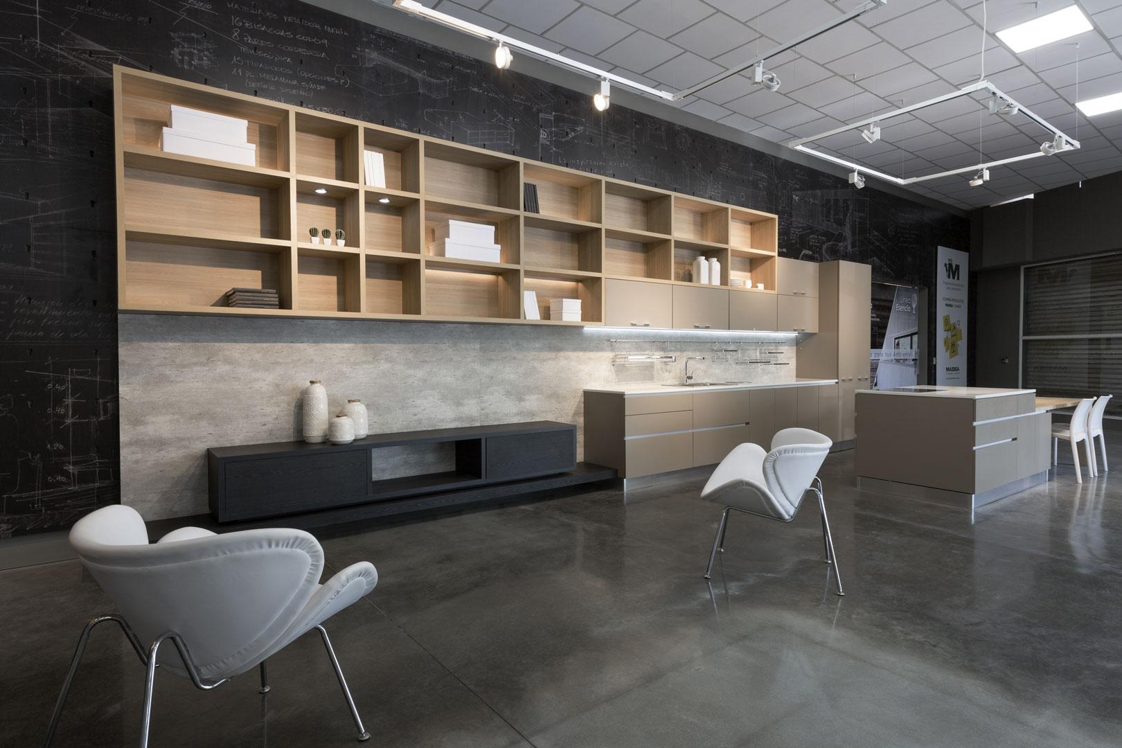 Mobiliario local placacentro masisa linke 30 diseño estratégico