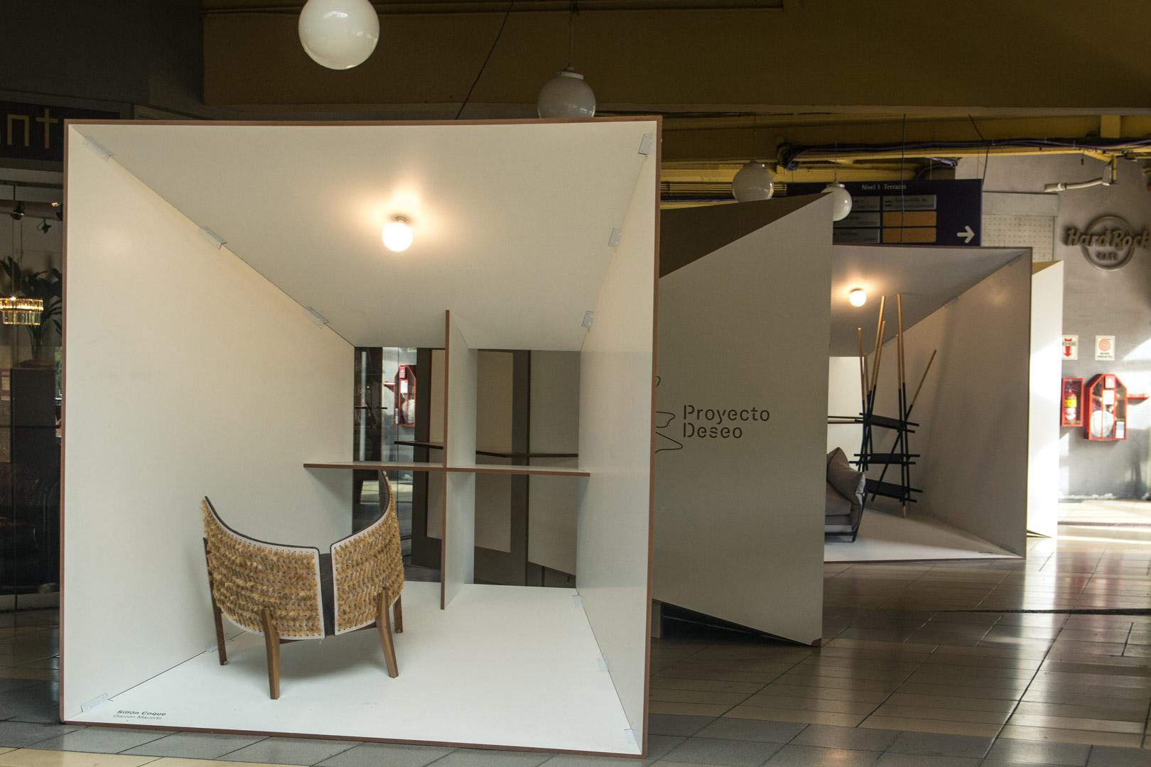 Exhibición muebles Proyecto Deseo 30 diseño estratégico