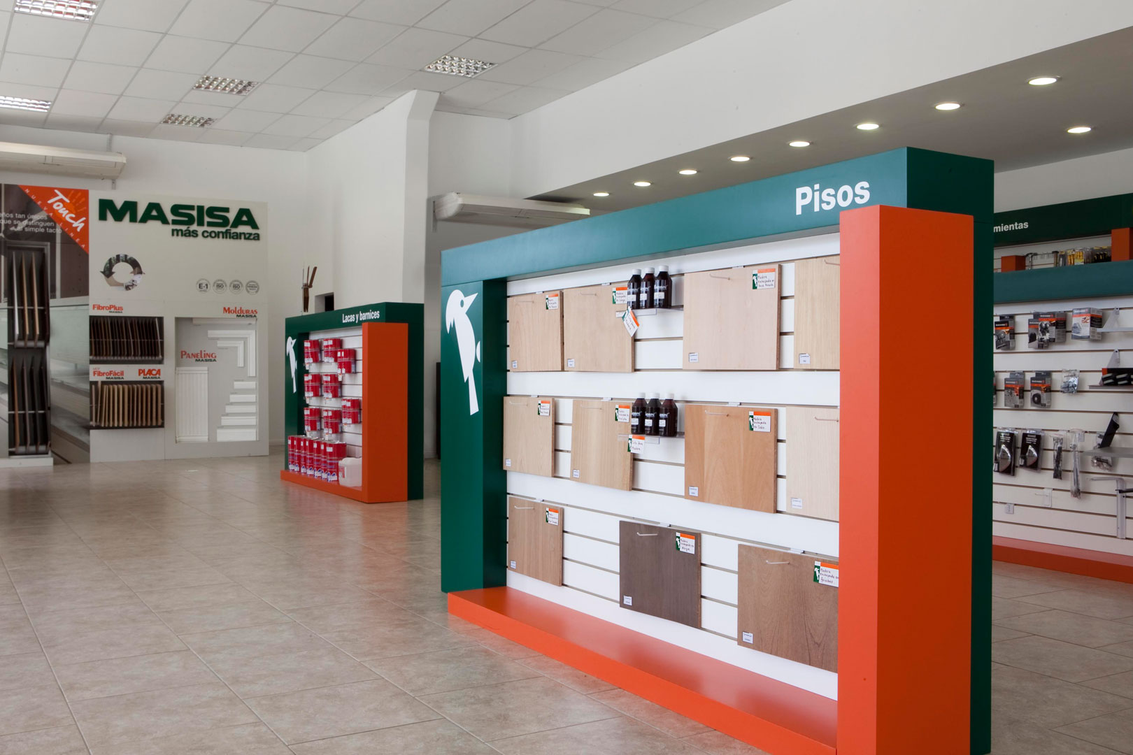 interior gondola locales comerciales Masisa 30 diseño estratégico