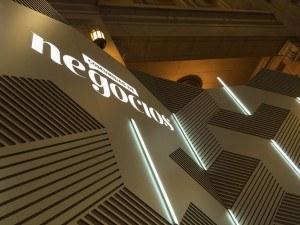 escenografía La Nación comunidad de negocios Forum CCK 30 diseño estrategico