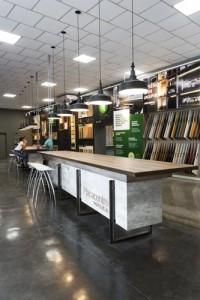 local placacentro masisa linke mobiliario mostrador 30 diseño estrategico