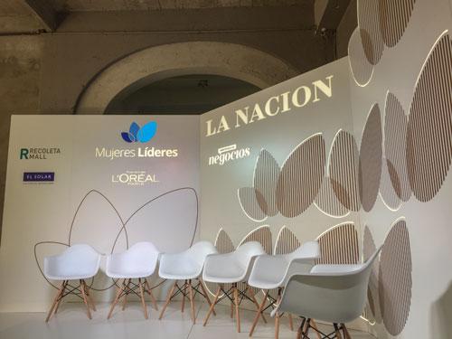 Escenografía La Nación Mujeres Líderes 30 diseño estratégico