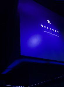 Cubo inclinado Evento Lanzamiento Adidas Deerupt